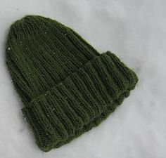 Easy Ribbed Hat pattern by Knitting Brain