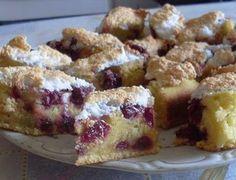 Villámgyors bögrés meggyes pite - Blikk Rúzs Hungarian Desserts, Hungarian Recipes, Good Food, Yummy Food, Sweet And Salty, Cake Cookies, Sweet Recipes, Food To Make, Dessert Recipes