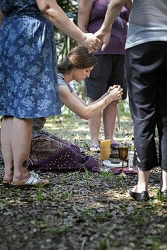 Litha Midsummer Ritual NEW ORLEANS, LA. A Litha ritual is conducted in midsummer around the summer solstice to honor the sun. At this time of year Pagans praise the creation of life as a result of the divine warmth and power of our sun. Through this ritual followers should discover the power of light in their lives.