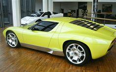 Lamborghini Miura concept 02