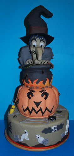 Halloween Cake by Little Louis Home Bakery, via Flickr