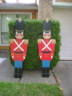 These Medium Toy Soldiers were made to order for client of ART DE YARD tall x wide Christmas Yard Art, Christmas Labels, Christmas Signs Wood, Whimsical Christmas, Nutcracker Christmas, Christmas Crafts, Christmas Cubicle Decorations, 4th Of July Decorations, Wood Yard Art