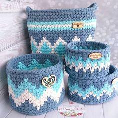 t-shirt yarn crochet flower planter ideas Crochet Bowl, Crochet Art, Tapestry Crochet, Love Crochet, Crochet Gifts, Crochet Flowers, Crochet Storage, Crochet Hooks, Crochet Motifs