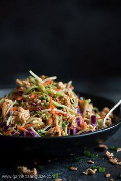 This sweet and crunchy Asian Ramen Broccoli Slaw is the perfect side for Sunday dinner or your next barbecue party! Brocolli Slaw Salad, Broccoli Slaw Dressing, Asian Broccoli Slaw, Broccoli Slaw Recipes, Ramen Salad, Chicken Broccoli, Broccoli Salads, Side Dish Recipes, Asian Recipes