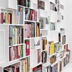 Libreria in bianco per vari formati