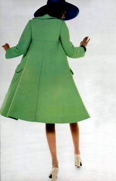 L'officiel magazine 1972 Christian Dior coat My favorite color and style. Want!