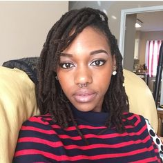 Gorgeous Shoulder Length Dreads You Must See – New Natural Hairstyles New Natural Hairstyles, Dreadlock Hairstyles, Natural Hair Styles, Short Hair Styles, Natural Beauty, Hair Locks, Locks Hairstyle, Dread Accessories, Dreads Styles