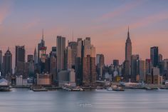 Beautiful soft tones during golden hour over Midtown Manhattan @gregroxphotos Greg Rox Photography | newyork newyorkcity newyorkcityfeelings nyc brooklyn queens the bronx staten island manhattan @lingkingman @ellistuesday @BastienGchr @Parccy