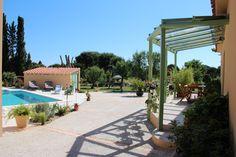 Le Masavril, un meublé de tourisme 4 étoiles à Saint Cyprien, avec piscine.