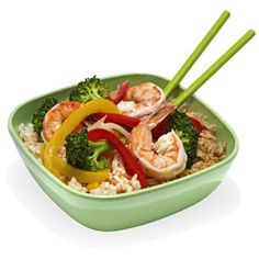 Ingredients: 1 cup cooked brown rice, prepared according to package 3 oz. shrimp ½ cup frozen broccoli ½ cup frozen red or green pepper strips 1 tbsp. canola oil 1 tbsp. low-sodium soy sauce Pour oil in a wok pan (or medium-sized frying pan) and heat on medium heat for 1-2 minutes. Add shrimp and cook for about 3-5 minutes, flipping shrimp occasionally. Toss in frozen broccoli and pepper strips and cook for another 5 minutes or until veggies have thawed, while adding in low-sodium soy sauce