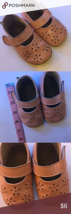 Baby Girl Leather Moccasins Slippers Shoes Baby Pink soft soled Leather shoes for baby. Cute Velcro strap. Only worn a couple of times. Size in label is listed as 6-12 months. Shoes measure 4.75 inches heel to toe. By elk. Check out my other listings to bundle and save on shipping! Shoes
