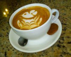 A R O M A  D I  C A F F  É  Iluminamos tu tarde con nuestra pasión por servir la mejor taza de #Café. .  .  .  . Café por: @irv . #AromaDiCaffé#MomentosAroma#SaboresAroma#Café#Caracas#Tostado#Coffee#CoffeeTime#CoffeeBreak#CoffeeMoments#CoffeeAdicts
