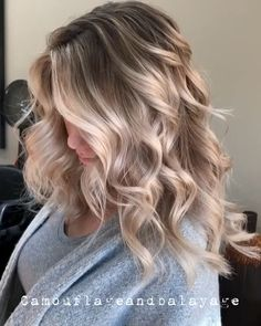 Blonde color, blonde balayage on brown hair, highlights for blonde hair, . Cute Hairstyles For Medium Hair, Teen Hairstyles, Winter Hairstyles, Medium Hair Styles, Curly Hair Styles, Blonde Hairstyles, Blonde Hair With Highlights, Blonde Color, Blonde Balayage