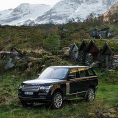 Rotasız maceraların başkahramanı. Range Rover. #Otomol #RangeRover