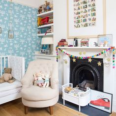 Modern children's room pictures and photos for your next decorating project. Find inspiration from of beautiful living room images Scandi Christmas, Christmas Bedroom, Christmas Themes, Kids Bedroom, Bedroom Decor, Kids Rooms, Childrens Rooms, Bedroom Ideas, Decorate Lampshade