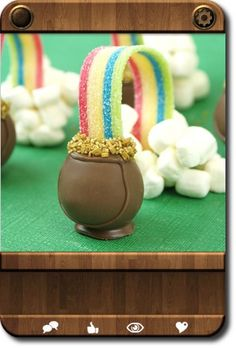 St. Patrick's Day dessert! So cute! Leprachaun food to make Ivy's eye twitch!