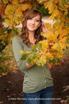 Fall Colors and Alicia G's Senior Portrait session in Dayton Ohio (Dayton Senior Portrait Photographer) http://www.photosbypdemott.com