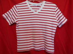 White Stag Top Size Small White / Red Stripes V Neck Short Sleeve Cotton #WhiteStag #KnitTop #Career