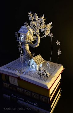 Magic Forest Book Sculpture by Malena Valcárcel, via Behance Folded Book Art, Paper Book, Book Folding, Paper Art, Cut Paper, Forest Book, Magic Forest, Grand Art, Book Page Crafts