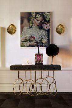 Burlesque-Console-Lifestyle-Image Burlesque-Console-Lifestyle-Image