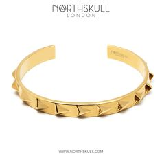 Our Gold Continuity Cuff is visionary in its design making this a unique and ultra-modern piece of jewelry. Featuring our inimitable signature 3D arrows, its avant-garde edge will invigorate any outfit. | Available now at Northskull.com [Worldwide Shipping] #Luxury #Jewelry#MensFashion Men's Fashion Jewelry, Fashion Necklace, Bangle Bracelets, Bangles, Necklaces, Jewelry Stores, Jewelry Box, Diamond Bangle, Swarovski Jewelry