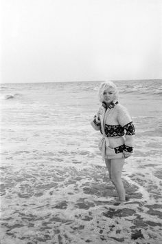 Marilyn Monroe - The Mexican Cardigan Sweater Sitting 1962, by George Ba...