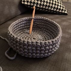 Fun Arts And Crafts, Diy And Crafts, Crochet Projects, Sewing Projects, Lace Weave, How To Purl Knit, Handmade Home, Crochet Accessories, Handicraft