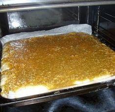 Talkooväen kaurapulla - herkullinen peltipulla Baking Recipes, Cookie Recipes, Dessert Recipes, Sweet Desserts, Sweet Recipes, Food Rations, Finnish Recipes, No Bake Cake, My Favorite Food