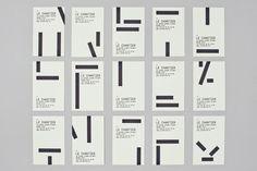 Roch Deniau est un designer graphique et typographique basé à Paris En 2007, il réalise la nouvelle identité visuelle du restaurant Le Chantier de la conception du logotype jusqu'à la déclinaison papeterie. Le caractère choisit est le Tsar Mono Round Regular Ligth. Le typographe jouant avec les contrastes, les formes et les surfaces nous rappelle habilement l'univers du bâtiment et des travaux publics.