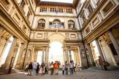 Walking Tour of Florence and Close Encounter at the Uffizi