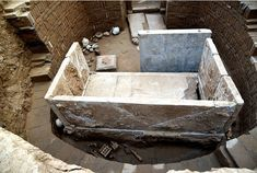 1,500-Year-Old Tomb With Patterns Linked To Zoroastrianism And Buddhism Unearthed In C. China | Ancient Pages