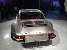 Foto: Coachbuilders Singer Porsche 911 964 zilver Singer Porsche 911 964 06 : Autoblog.nl