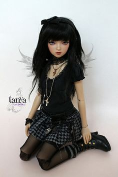 All sizes | Ma p'tite punk | Flickr - Photo Sharing! Blythe Dolls, Barbie Dolls, Dolls Dolls, Anime Dolls, Gothic Dolls, Creepy Dolls, Collector Dolls, Cute Dolls, Ball Jointed Dolls