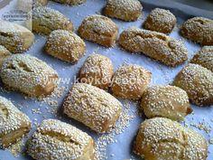 Greek Sweets, Greek Desserts, Greek Recipes, Greek Cake, Biscuits, Vegan Gluten Free Desserts, Chocolate Sweets, Christmas Party Food, Pavlova