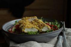 Helsprø kyllingsalat • Gluten- og Melkefri Inspirasjon Frisk, Nachos, Ethnic Recipes, Food, Red Peppers, Essen, Meals, Tortilla Chips, Yemek