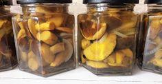 W garach u Gosi: Grzybki marynowane Pickles, Cucumber, Food, Meal, Essen, Pickle, Hoods, Meals, Zucchini