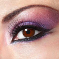 Long Eyelashes are a Beauty Goal
