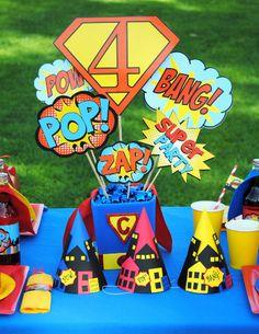 SUPER héroe pieza central de la fiesta titular-superhéroe partido Super héroes cumpleaños - Superman partido - superhéroe cómico libro partido muchacho cumpleaños por PoppiesAndPumpkins