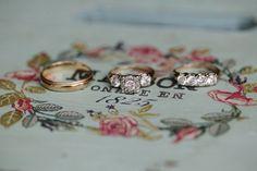 three-stone rings   Leslie Hollingsworth #wedding