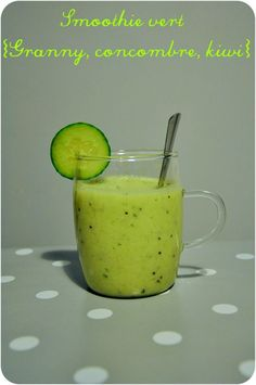 Smoothie vert et frais {pomme Granny, kiwi et concombre} Smoothies Banane, Smoothie Proteine, Healthy Smoothies, Smoothie Recipes, Healthy Snacks, Healthy Recipes, Sugar Free Deserts, Juicy Juice, Homemade Popsicles