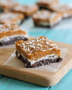 Chocolate Coconut Pumpkin Bars 15 No-Bake Desserts That Will Make You Forget You Have An Oven Paleo Dessert, Dessert Bars, Dessert Recipes, Pumpkin Bars, Baked Pumpkin, Pumpkin Recipes, Healthy Pumpkin, Pumpkin Puree, Köstliche Desserts