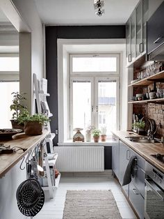 50 Best Small Kitchen Design Ideas And Decor – Home Design Kitchen Interior, Kitchen Design, Kitchen Decor, Kitchen Ideas, Design Your Home, House Design, Kitchen Canopy, Loft Interiors, Cuisines Design