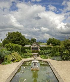 Wychwood Manor: A house and gardens, restored and transformed Gilles Clement, Big Mansions, 1920s House, Garden Ornaments, Amazing Gardens, Creative Inspiration, Piet Oudolf, Gardening Tips, Garden Design