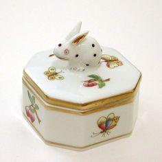 Herend Porcelain Trinket Box with Full Figure Rabbit