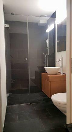 Duschtrennwand aus Glas. Elegant. Verführend. Montage, Bathtub, Bathroom, Elegant, Shower Cabin, Separate, Standing Bath, Washroom, Classy