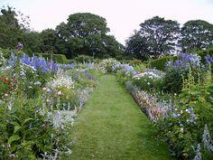 The Manor House, Upton Grey. Hampshire. Gertrude Jekyll , garden designer.