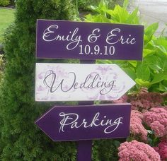 Love the idea of doing a sign like this to direct people to the different parts of the property. Cute and classy!
