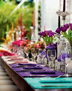 Colorful table setting for wedding decor: