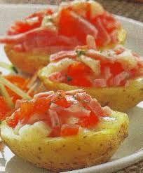 Estas patatas cocinadas al microondas son facilísimas de hacer... ¿Quieres aprender recetas para cocinar con el microondas? Mira nuestro post.  #recetas #patatas #cocinar #microondas #fácil #rápido