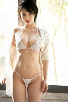 Mädchen In Bikinis, Bikini Swimwear, String Bikinis, Thong Bikini, Swimsuits, Japanese Beauty, Japanese Girl, Asian Beauty, Cute Asian Girls